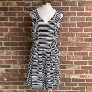 Taylor brand black & white dress
